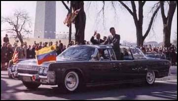 JFK in limo (GOOD!)